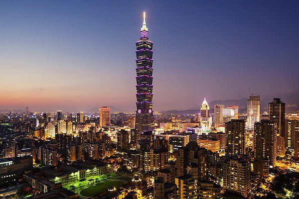 DL01- Hà Nội - Cao Hùng - Đài Trung - Đài Bắc